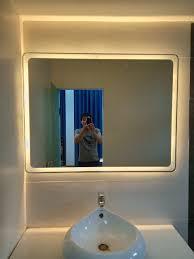 Mẫu gương đèn led cảm ứng có đắt không?