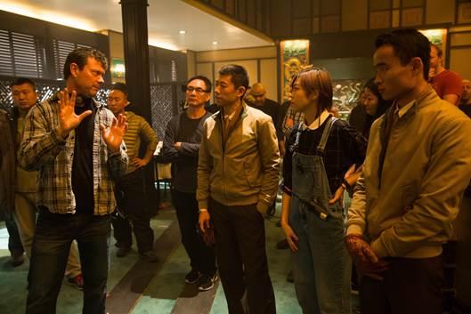 Ekip Mỹ - Trung trong một phân cảnh phim